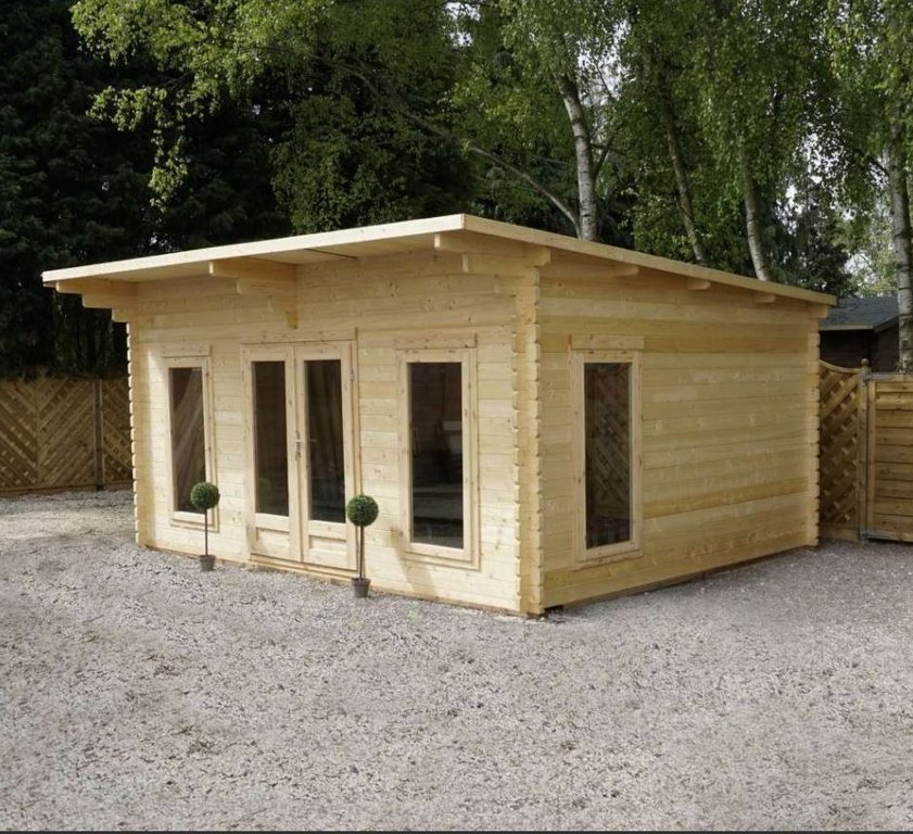 Contemporary Log Cabin | 5.4m x 4.2m
